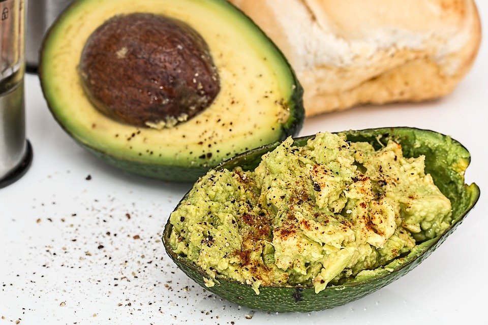 Avocado-spread hennepzaden
